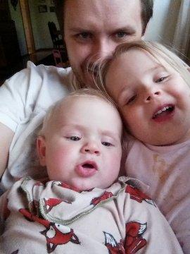En selfie på Dennis med barnen.